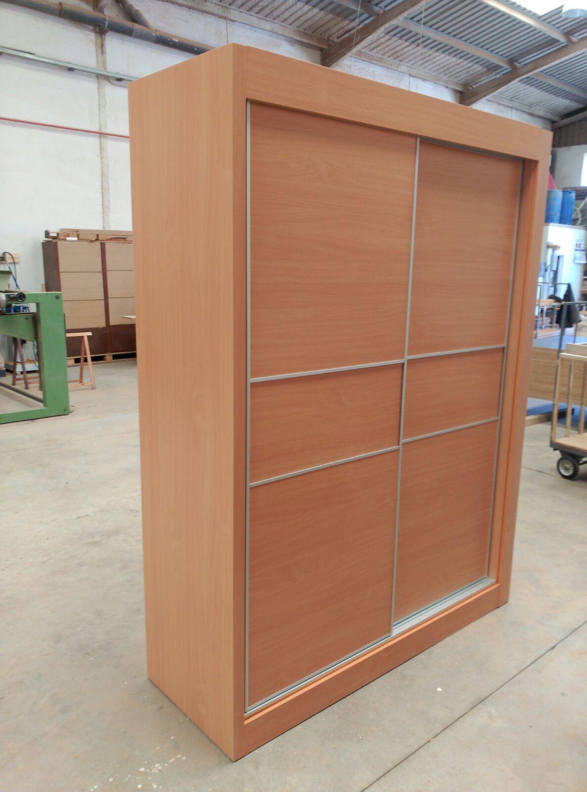 Armarios fabrica fabricacion muebles a medida valencia 19 for Fabrica muebles valencia