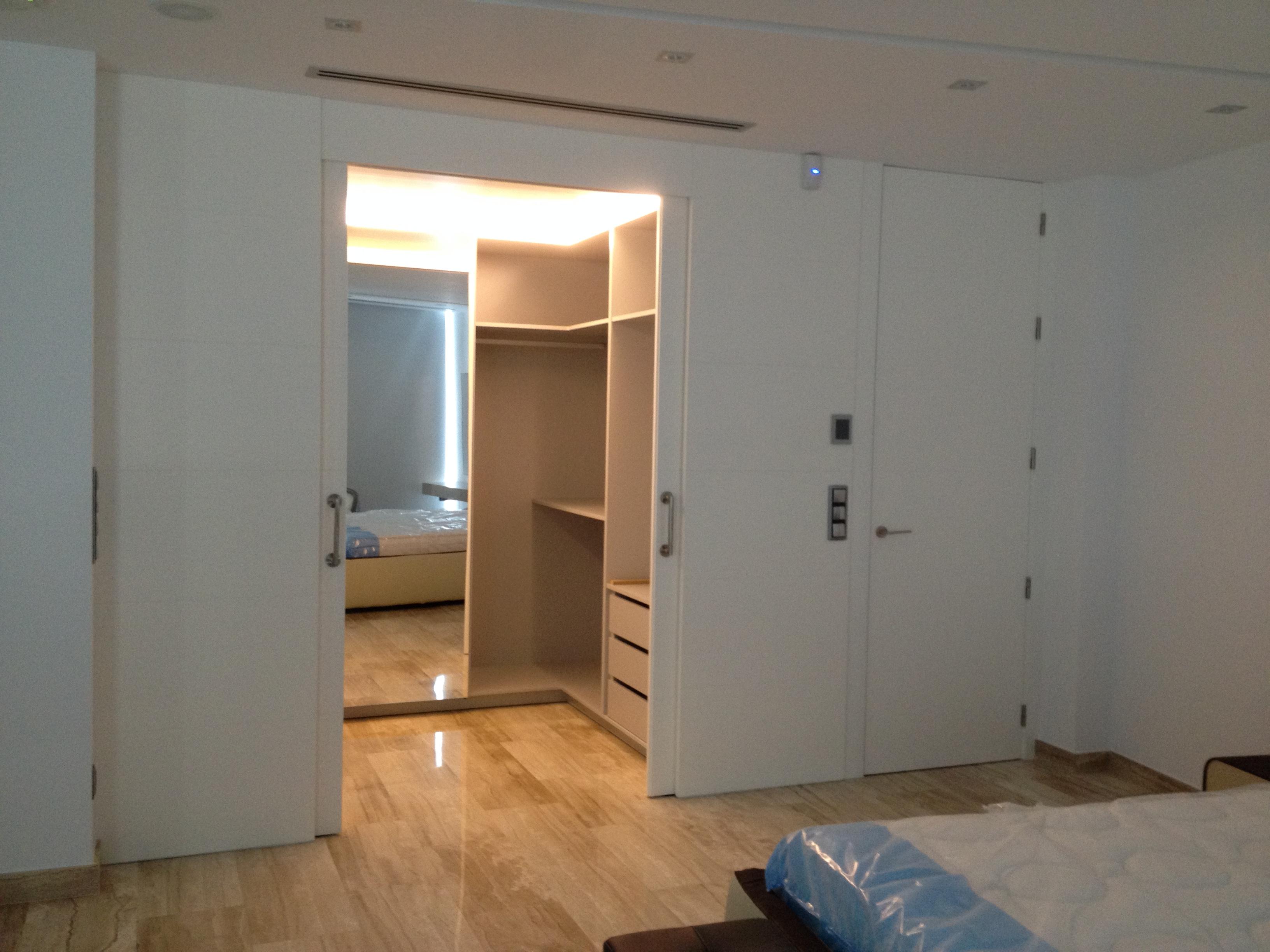 Armarios fabrica fabricacion muebles a medida valencia 22 for Fabrica muebles valencia