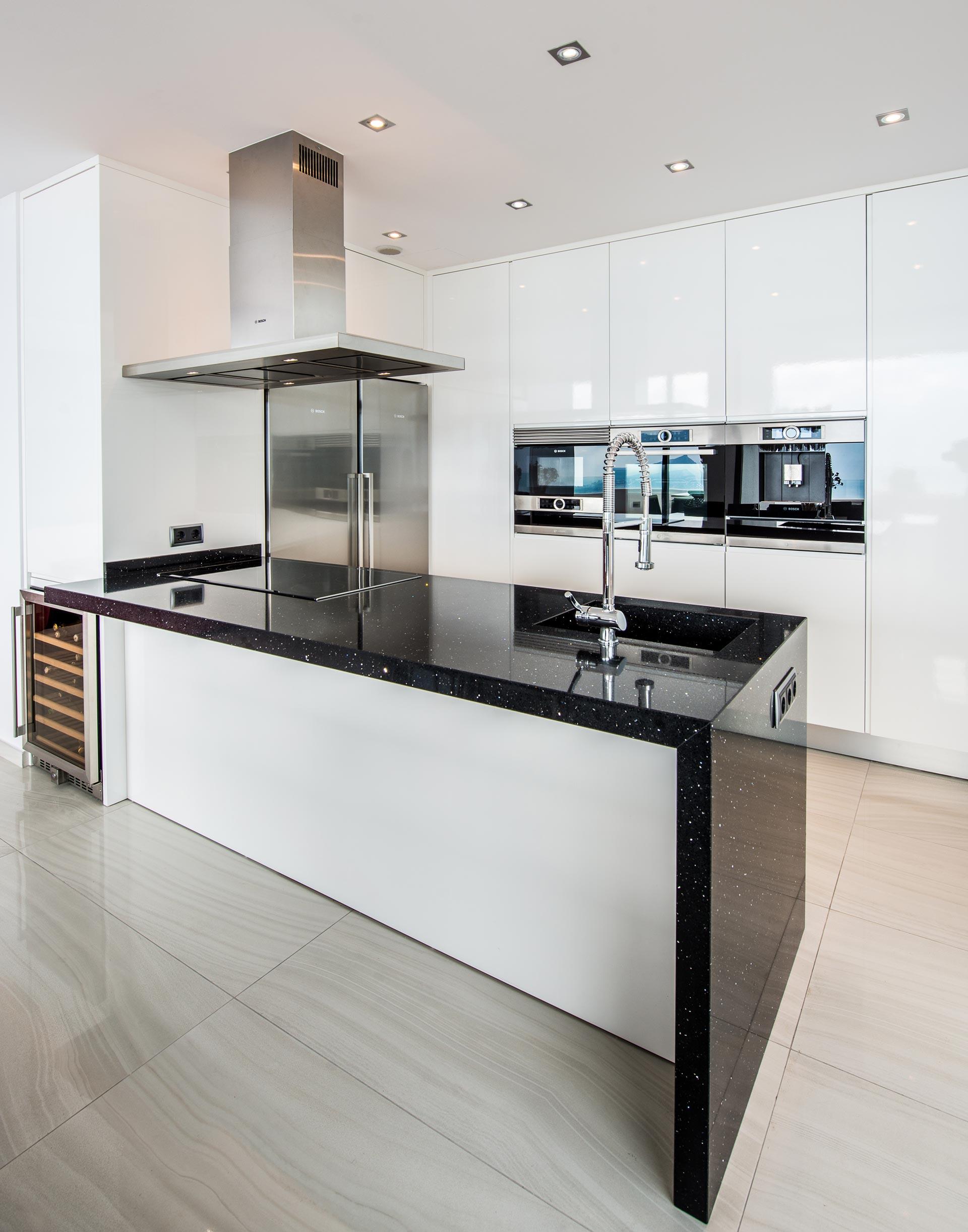 Empresas fabricas fabricantes muebles mobiliario cocinas a - Muebles de cocina en castellon ...