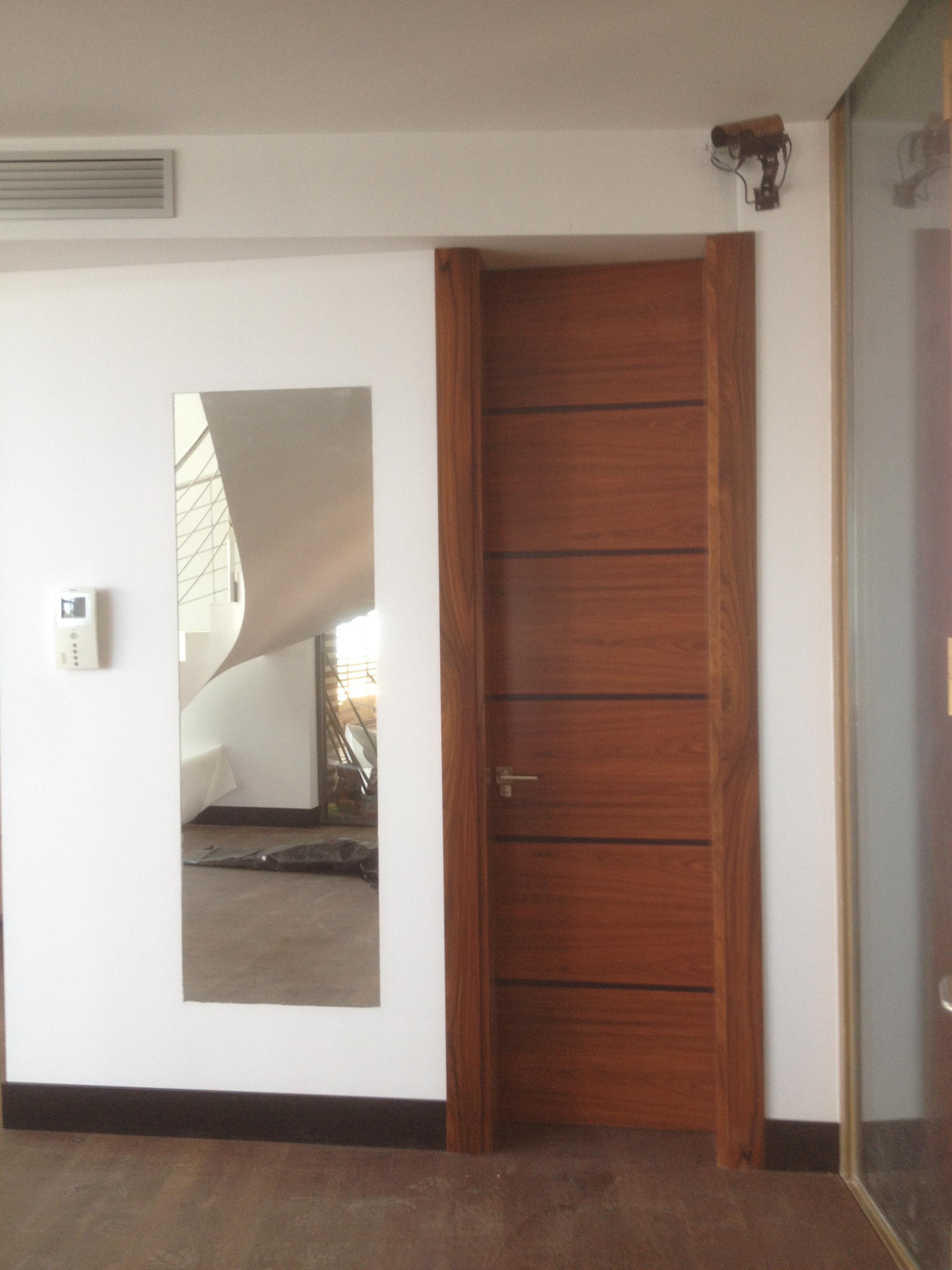 Puertas cubells valencia finest trendy reparacion puertas for Puertas interior valencia