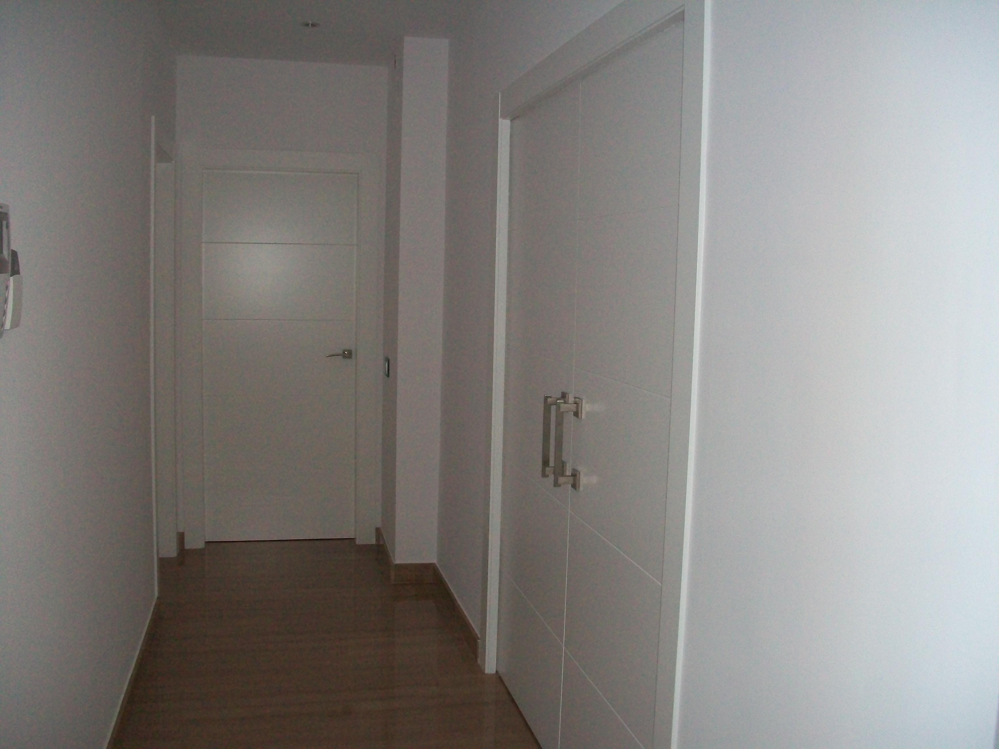 Fabricacion fabrica puertas de paso interior a medida valencia 2 muebles a medida en valencia - Medidas de puertas de interior ...