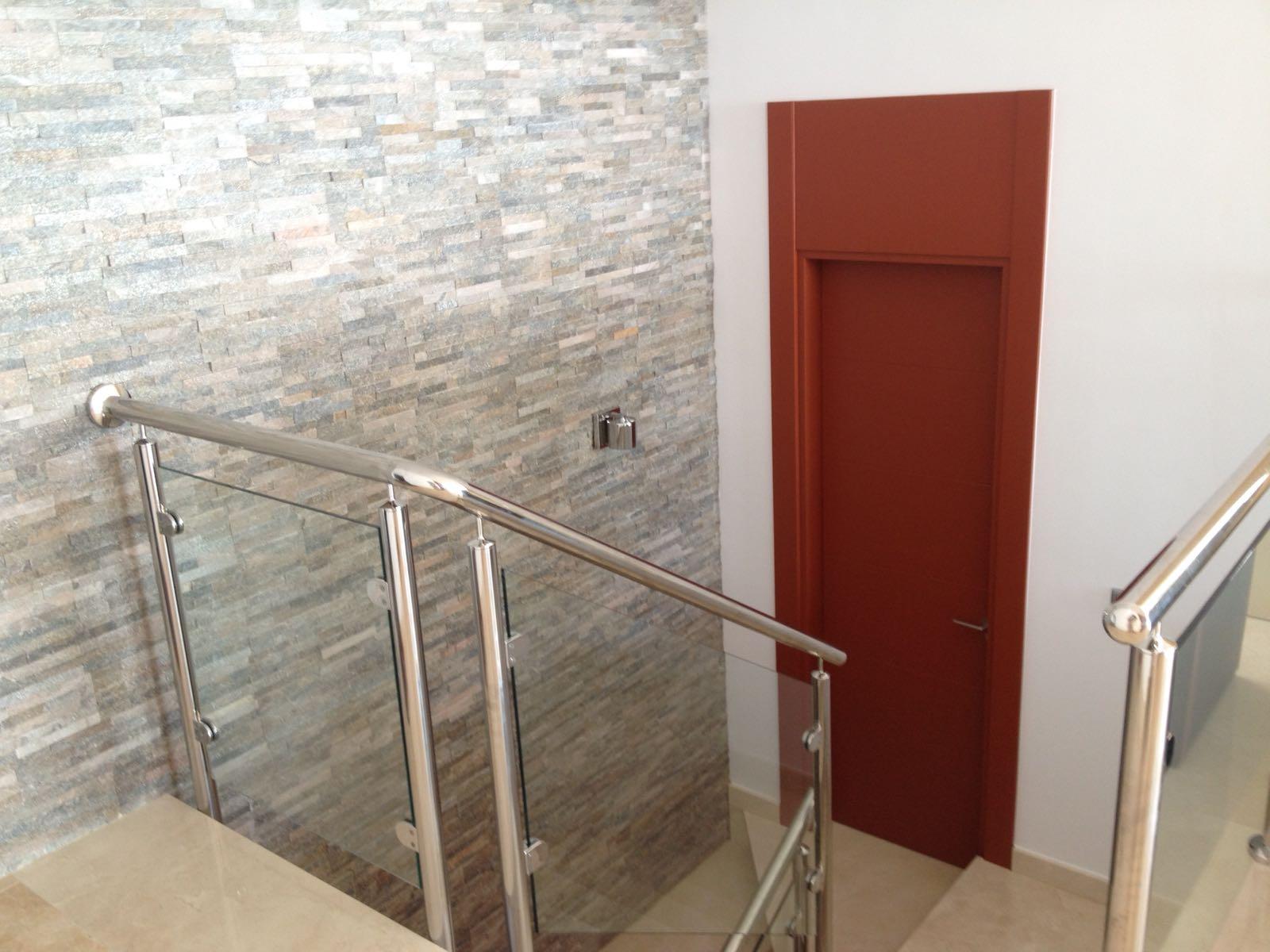 Fabricacion fabrica puertas de paso interior a medida for Medidas puertas interior
