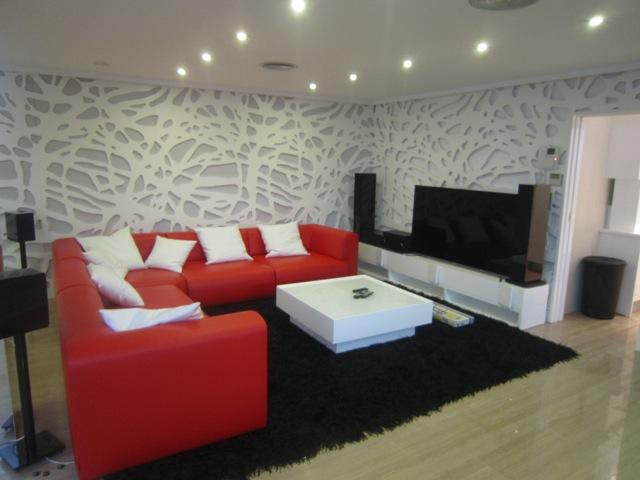Fábricas y empresas de muebles para salones y comedores a medida en ...